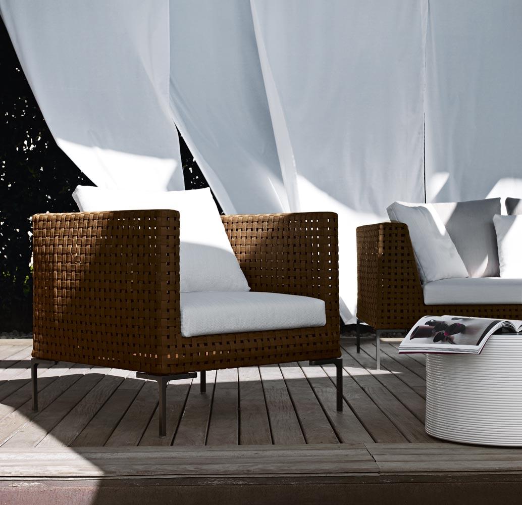 charles outdoor di b b italia divani e poltrone. Black Bedroom Furniture Sets. Home Design Ideas