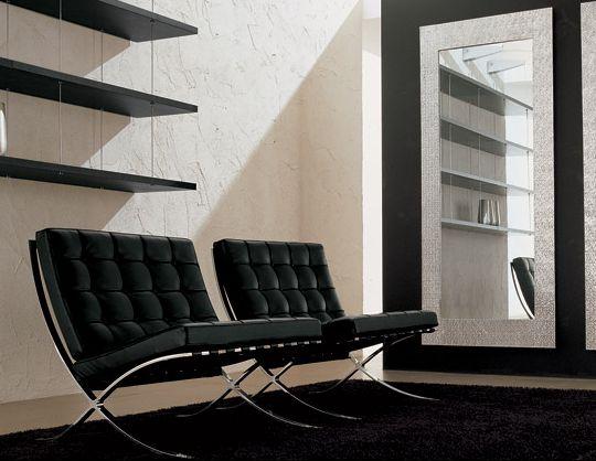 Poltrona barcelona 334 alivar poltrone chaise longue for Poltrona mies