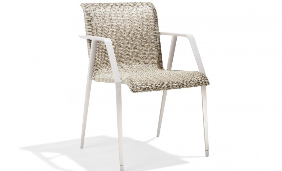 Wa armchair di dedon sedie outdoor mollura home design for Sedie outdoor design