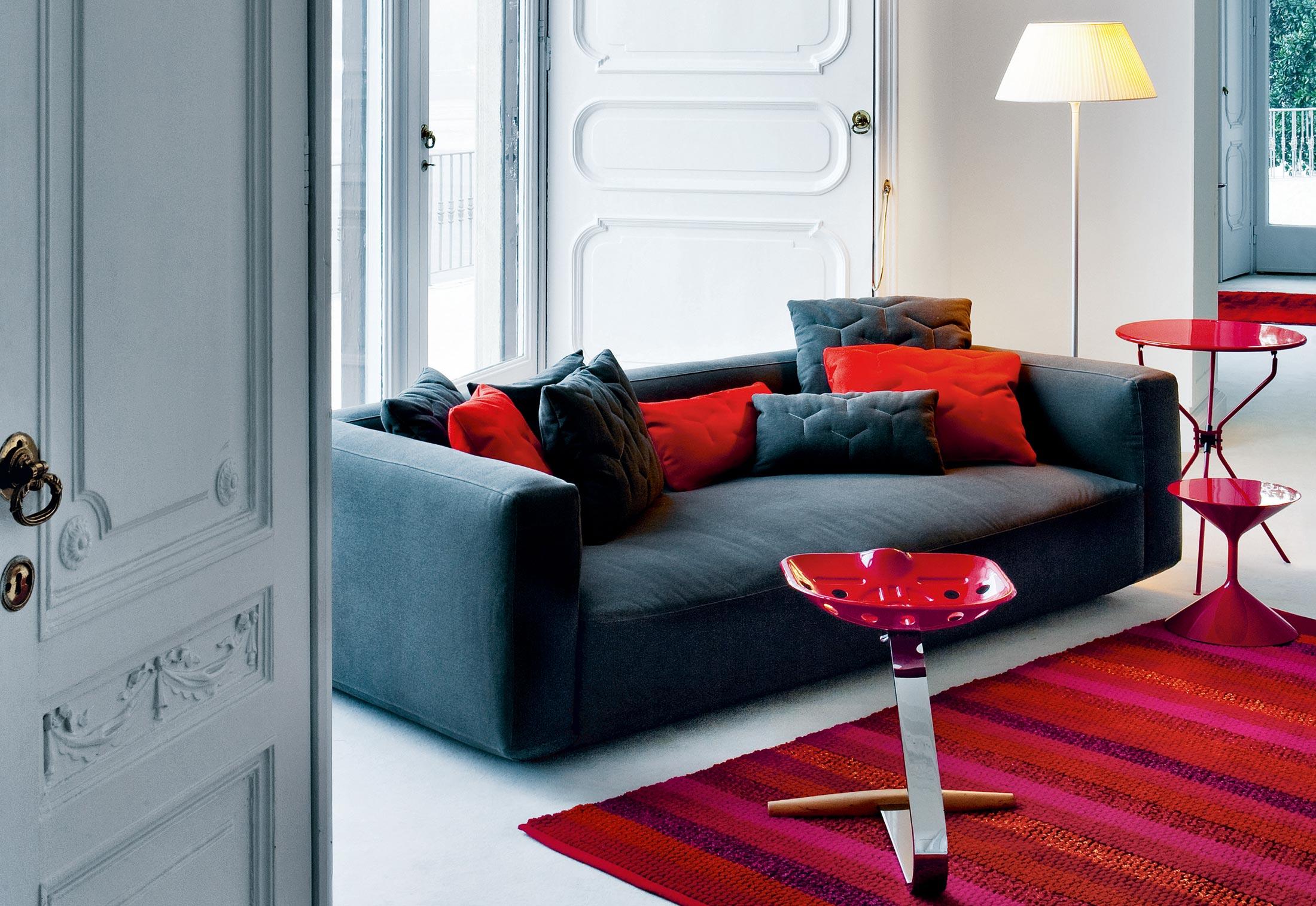 Altopiano di zanotta divani e poltrone arredamento for Poltrone zanotta