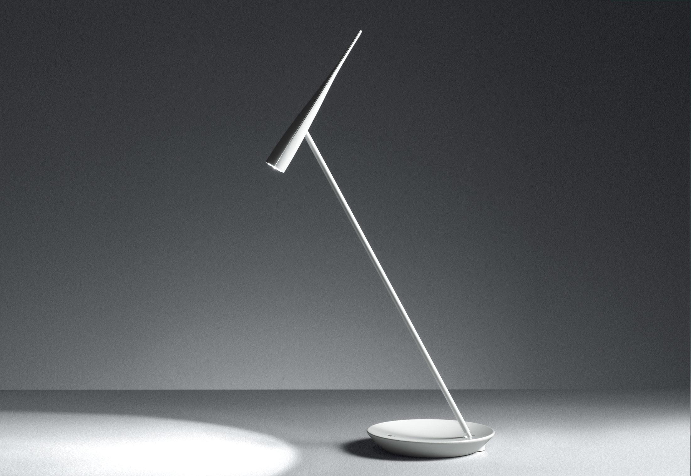 Egle di artemide lampade da tavolo illuminazione - Lampade da tavolo artemide ...