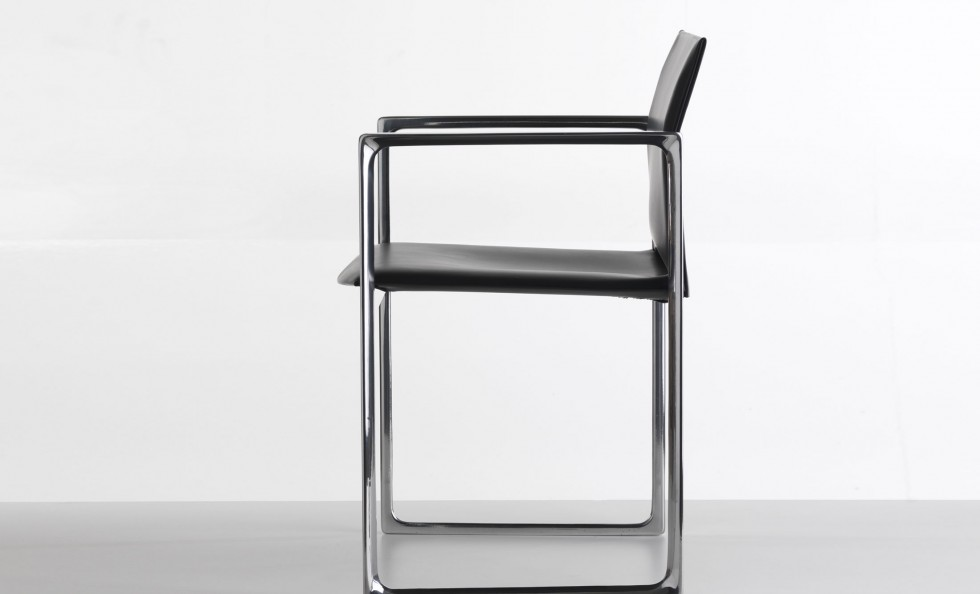 Eve di cassina sedie poltroncine arredamento for Cassina sedie