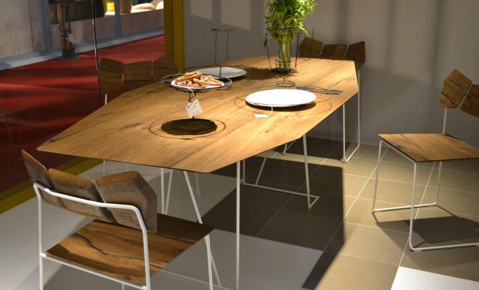 Kinoki di lago tavoli arredamento mollura home design for Tavolo lago
