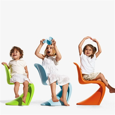 panton chair junior di vitra young arredamento. Black Bedroom Furniture Sets. Home Design Ideas