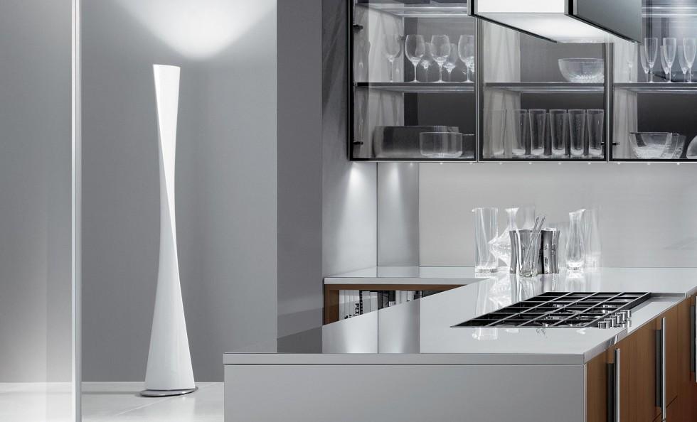 Polaris di FontanaArte   Lampade da terra   Illuminazione   Mollura Home Design -> Lampadari Moderni Fontana Arte