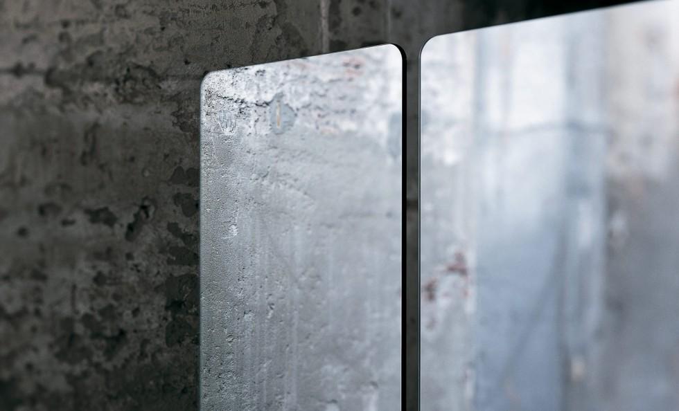 Stand by di glas specchi arredamento mollura home design for Specchi di arredamento