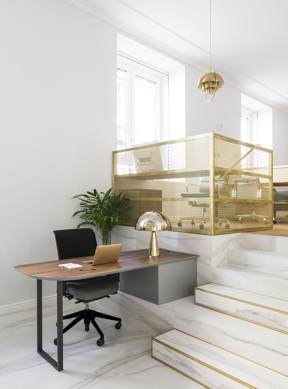 Decorazioni ed illuminazione per l'ufficio