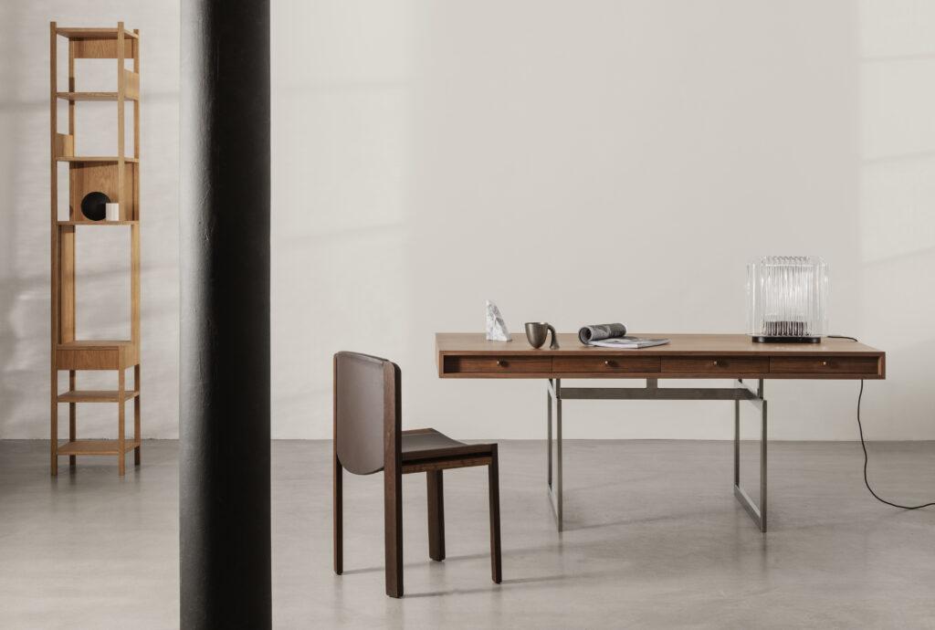 Office Desk by Karakter